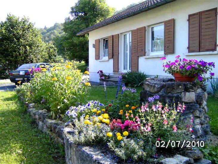Casa de campo casa de f rias au jardin fleuri for Au jardin de jean pierre